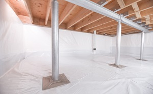 Crawl space structural support jacks installed in Coppell